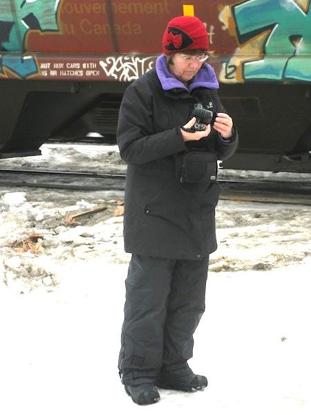 Granny Aupair mit Kamera