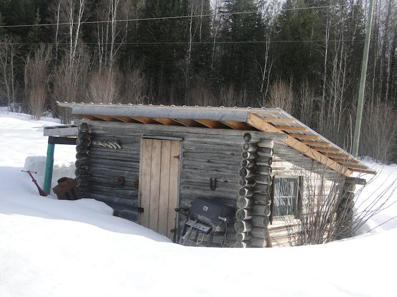 Granny Au-pair - verschneiter Schuppen