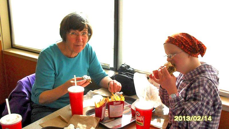 Granny AuPair Heidi & Fiona beim Wendy's