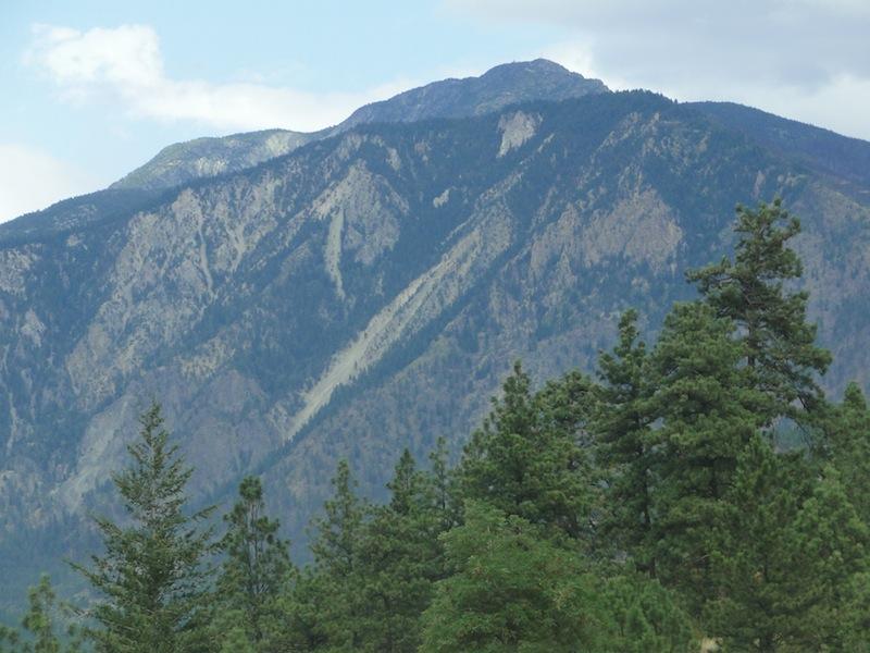 Ein verkohlter Berg