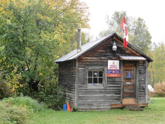 Das Postgebäude aus den 1960 er Jahren