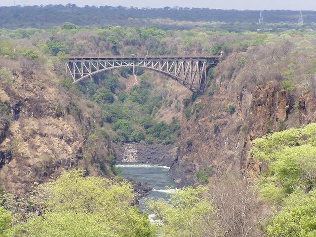 "Die ""Victoria Falls Bridge"" verbindet Simbabwe mit Sambia"