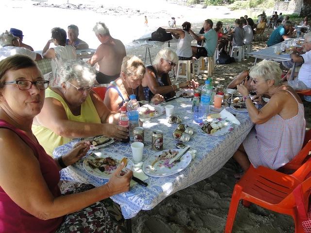 Gruppe vom Strand von Pereybere